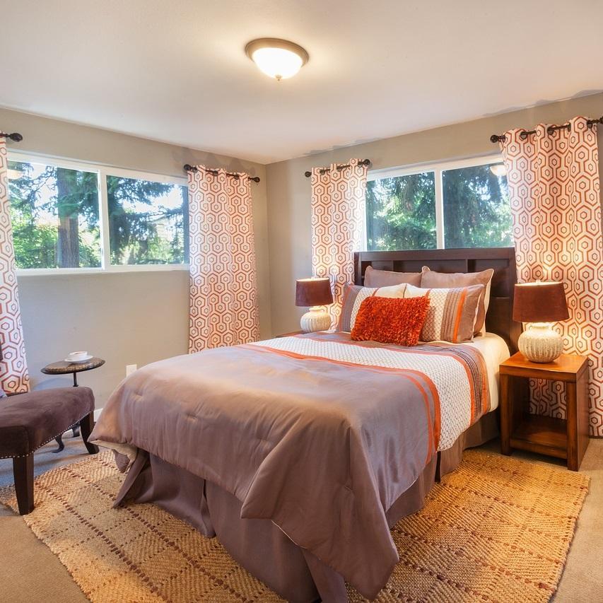 Essential Master Bedroom Curtain Ideas